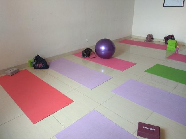 Prenatal Yoga di Suryatni - ranselriri